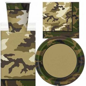 Camouflage Party Pack For 8 including tableware and 8 filled party bags